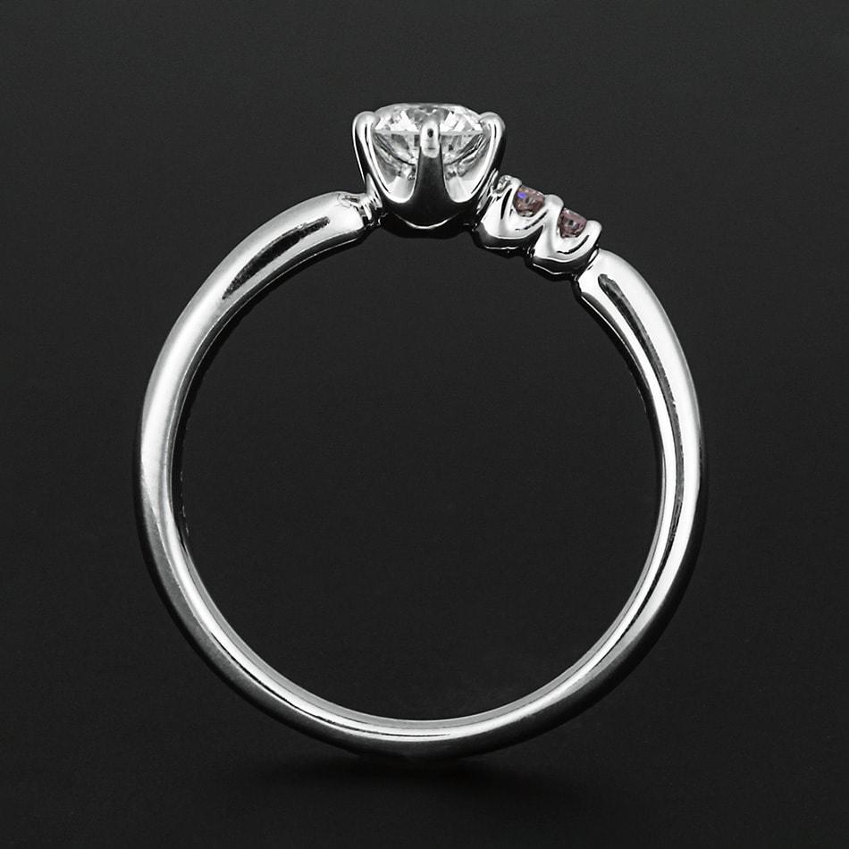 ロシア産バージンダイヤモンドリング